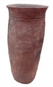 Ceramika sznurowa, okres Jomon (5000 - 4000 p.n.e) fot. Chris 73 (opublikowano na licencji CC BY-SA 3.0, via Wikimedia Commons)