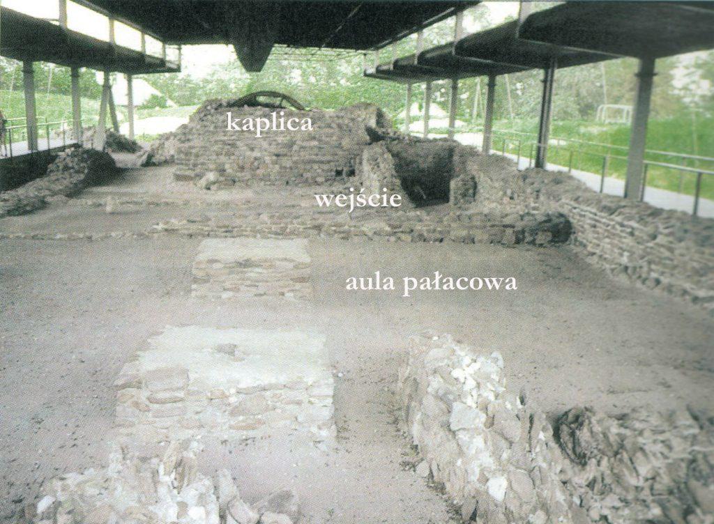 Zespół palatialny na Ostrowie Lednickim (druga połowa X wieku) © A. Buko